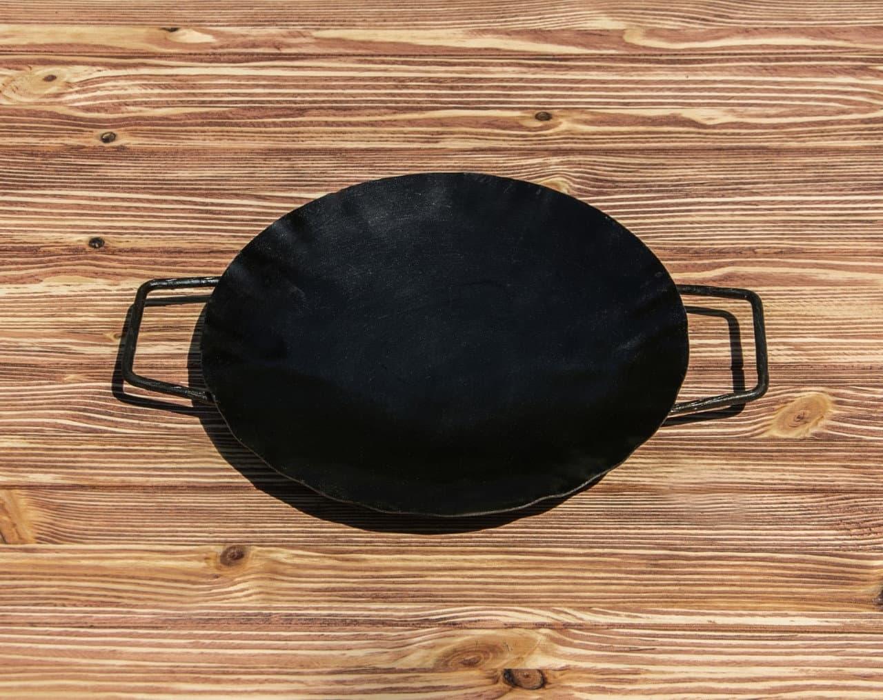 Садж сковорода 35 см, сталь + подставка кованная с ручкой - фото 8499
